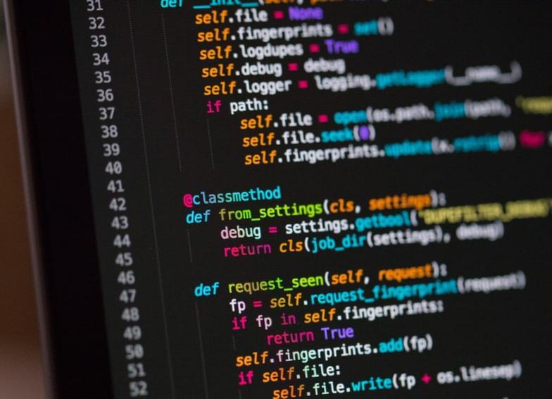 ۱۴ مهارت برای توسعهی برنامه نویسی!
