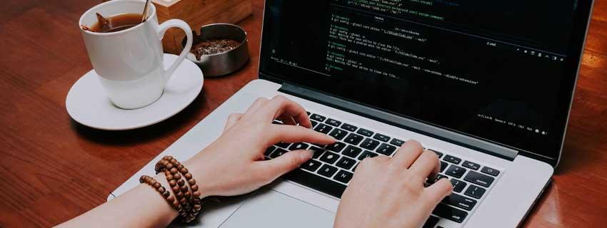 10 ابزار مفید توسعه وب که باید از آنها مطلع باشید