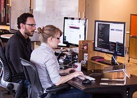 آیا طراحان UX و UI باید کدنویسی کنند ؟