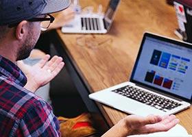 چرا باید تصمیمات طراحی را برای مشتریان خود توضیح دهید